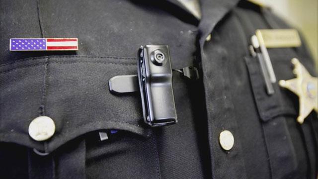 Officer body cams_40315