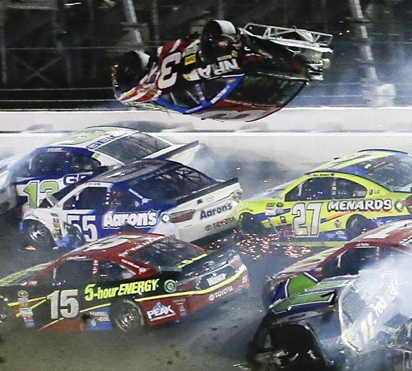 NASCAR crash austin dillon_65090