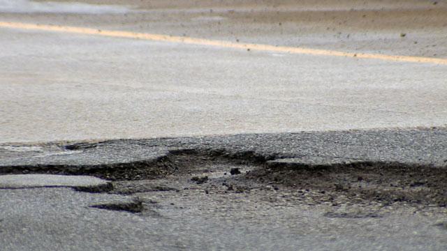 Pothole_27681