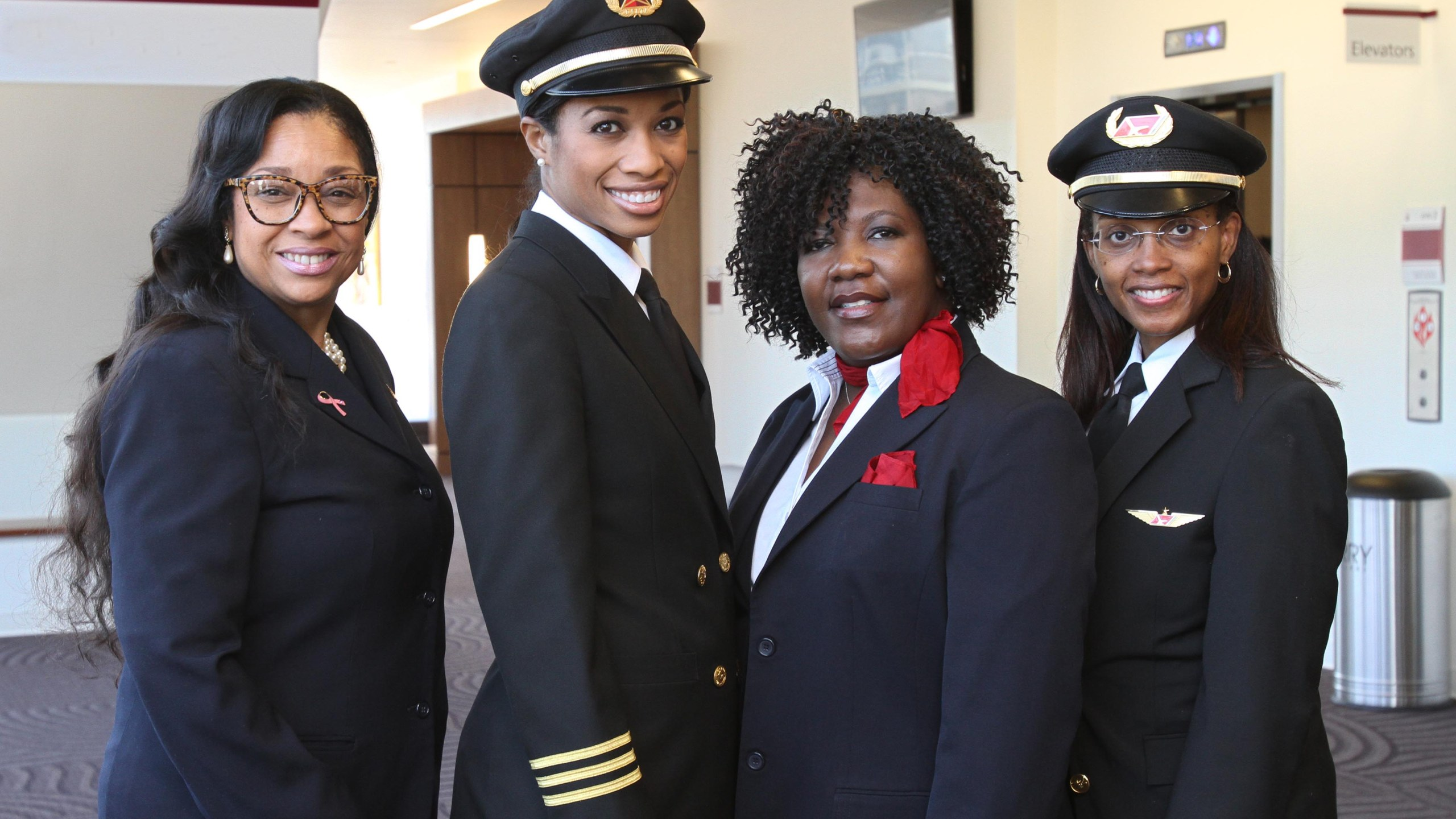 First African-American, all-female flight crew_257224