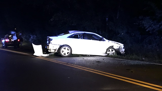 Car crashes on Cato near Briley Parkway_283905