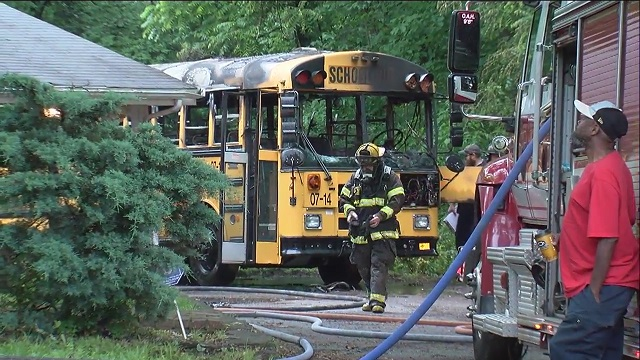 School bus catches fire in Inglewood_283912