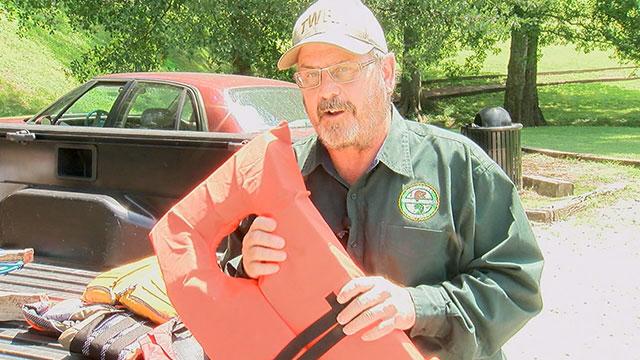 Doug Markham with TWRA, life jacket_299067