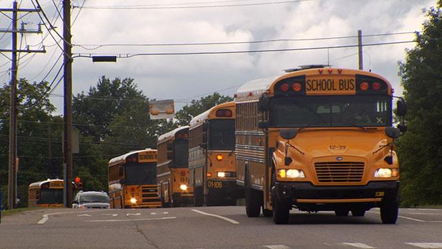 Clarksville school buses_308217