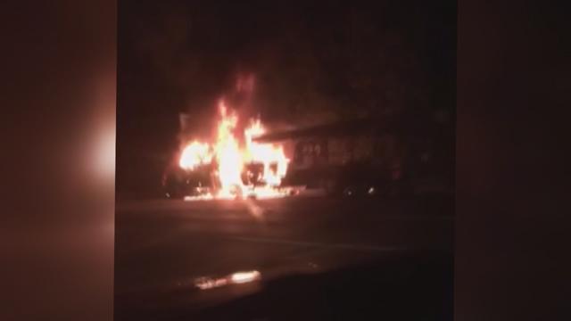 I-24 truck fire_317663