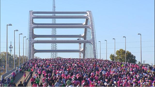 Making Strides Against Breast Cancer walk_328479