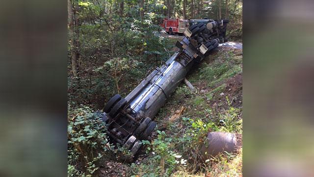 Maury County tanker crash_328912