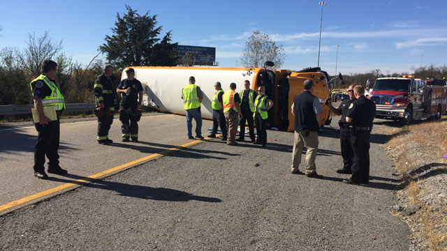 chester county school bus crash on Interstate 65_336803