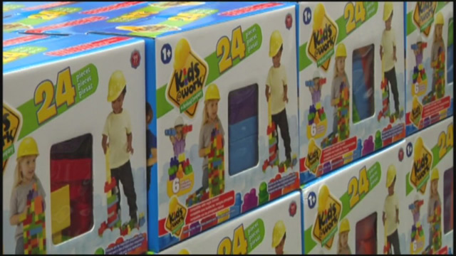 dollar general donates toys to wildfire victims_345319