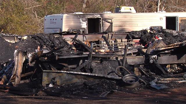 casteel road fatal fire_343129