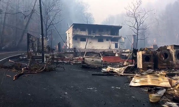 Gatlinburg wildfire_339970