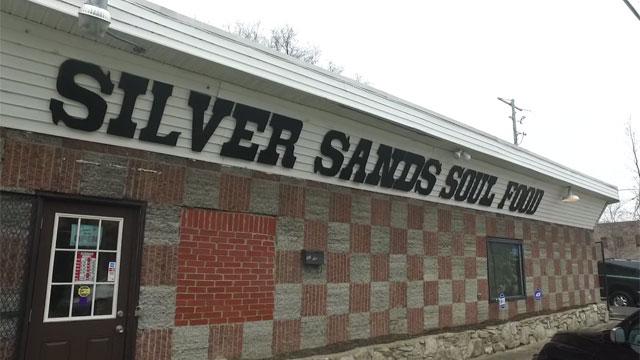 silver sands cafe_368645