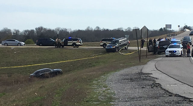 Officer-involved shooting on Interstate 40 Mt. Juliet_390283