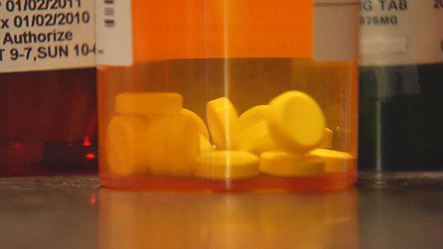 Prescription Pills Drug Overdose Opioid Drugs_360812