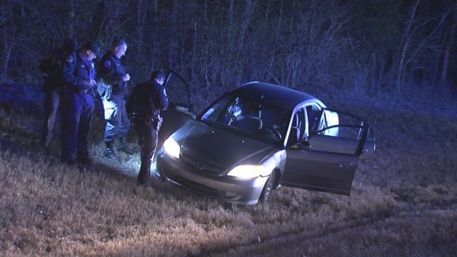 3 teens in custody after spike strips end high-speed chase on I-40