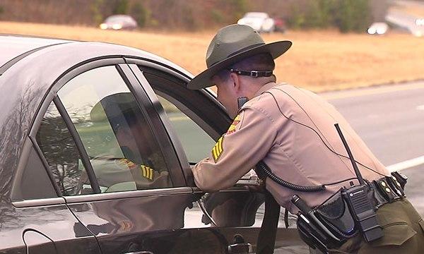 Traffic Stop Violation Trooper THP Generic_338423