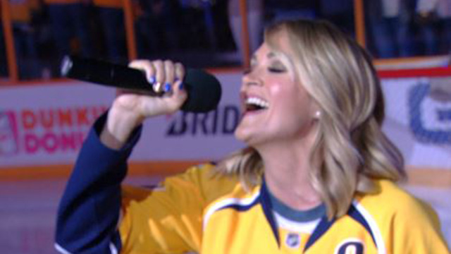 Carrie Underwood sings at Predators game_402514