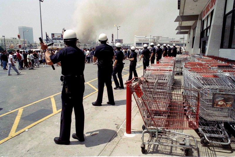 LA riots_410833