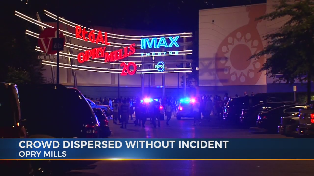 Rapper's social media announcement draws large crowd at Opry Mills movie theater