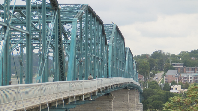 Walnut St. Bridge Chattanooga_439560