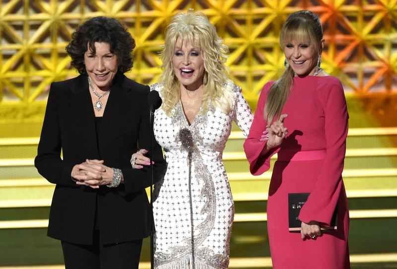 Dolly Parton Emmys_444883