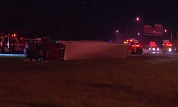 Semi overturns on Briley ramp to I-24_446101