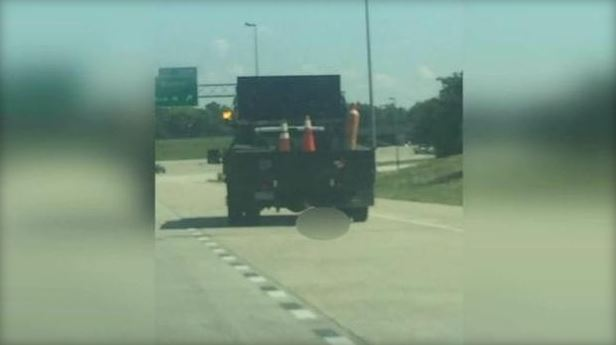 dog dragged down Alabama highway_445903