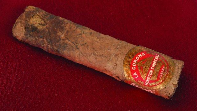 Churchill's half-smoked cigar_452317