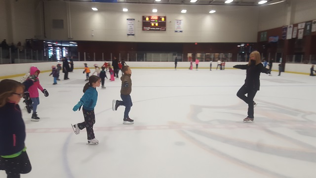 centennial sportsplex learn to skate_454781
