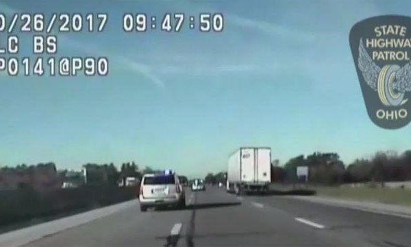 kid leads police on chase_455380