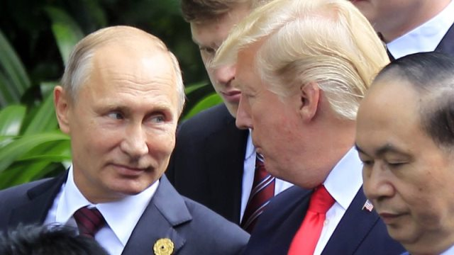 Putin and Trump_459878