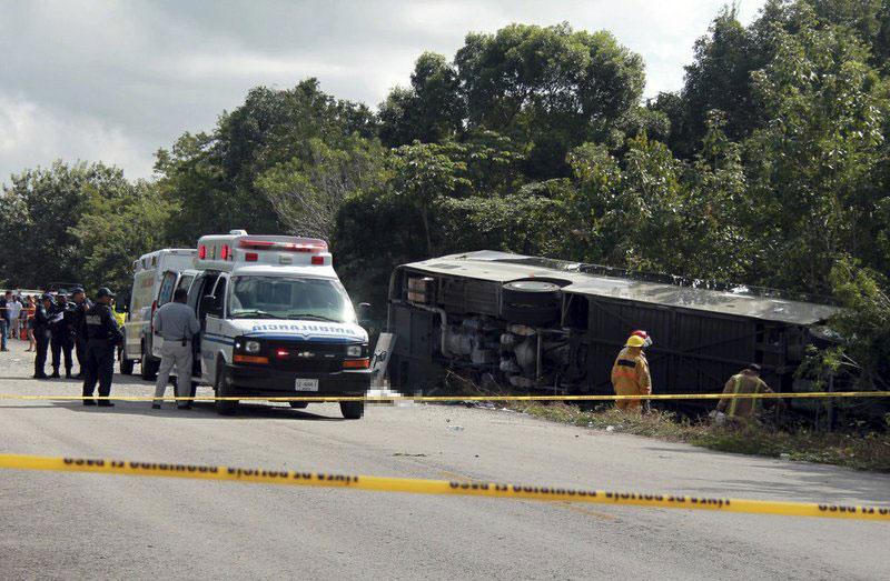 Mexico-bus-crash_470399