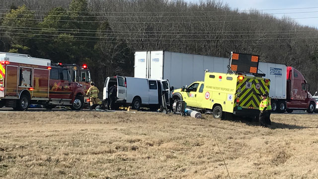 I-24 crash near Sam Ridley_483160