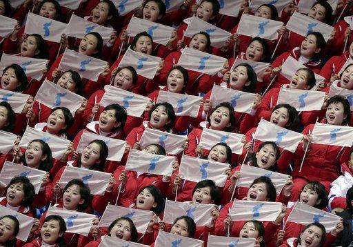 APTOPIX Pyeongchang Olympics Short Track Speed Skating Women_485082