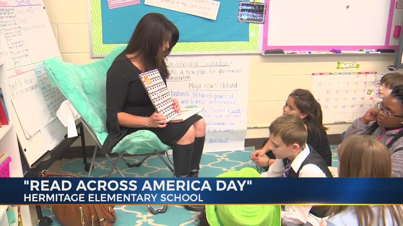 Cherish Lombard reads to kids for Read Across America Day
