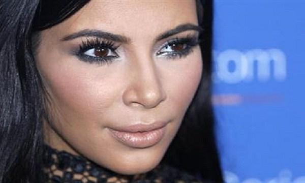 Kim Kardashian 2015_323215