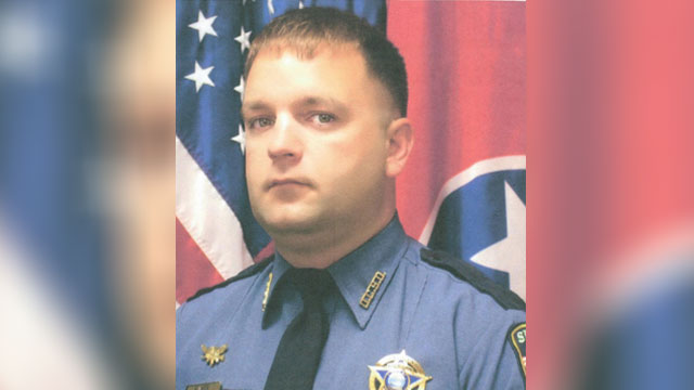 Manhunt continues for gunman after Dickson County deputy