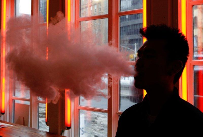 E-Cigarettes, smoking, electronic cigarettes.jpeg