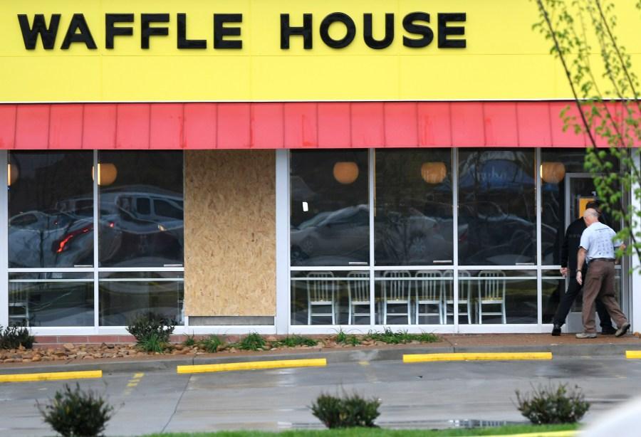 Waffle_House_Shooting_18796-159532.jpg15187889
