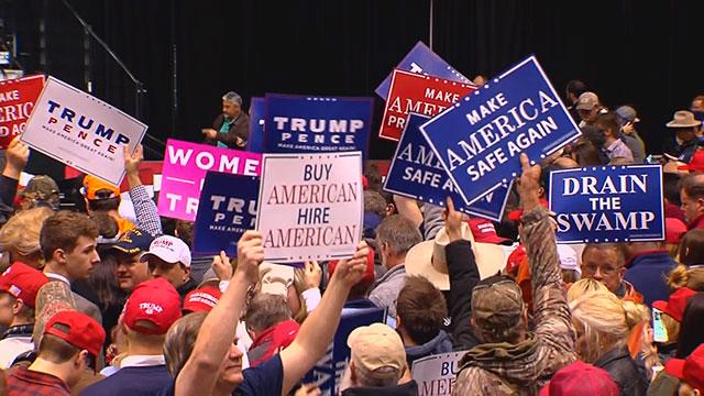 Trump rally at Municipal Auditorium_387827