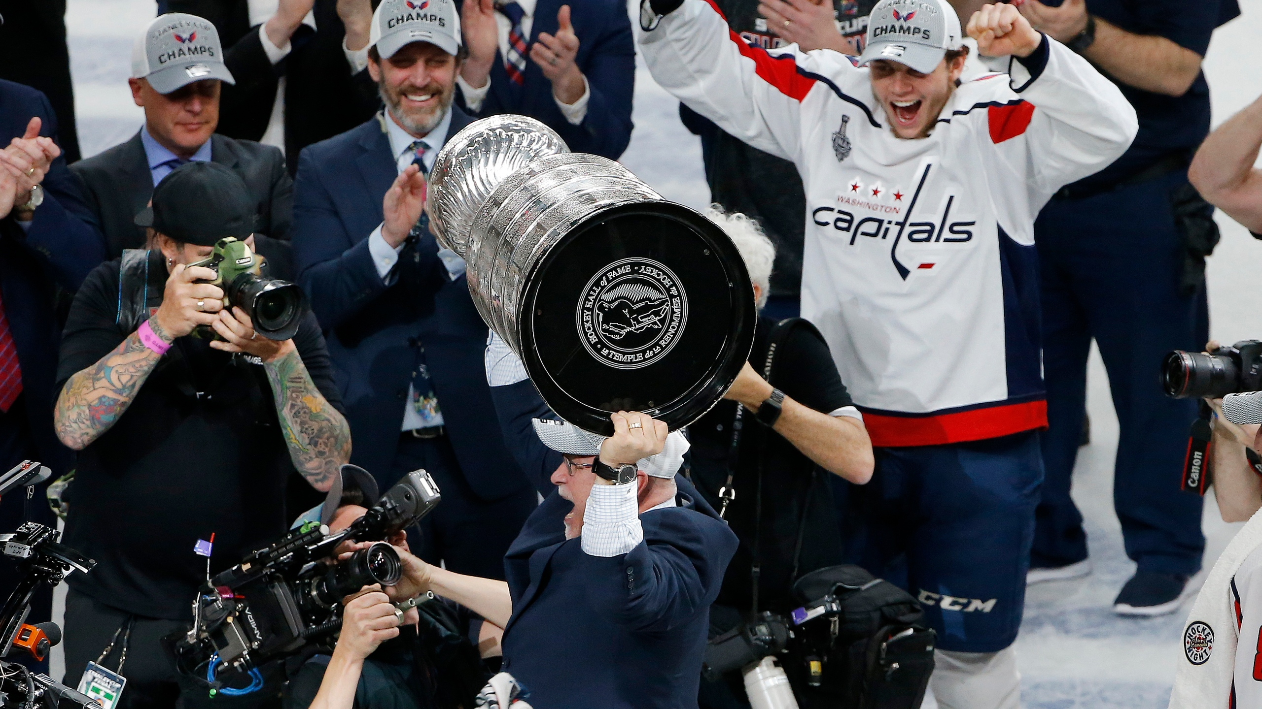 Stanley Cup Capitals Golden Knights Hockey_1528508427943
