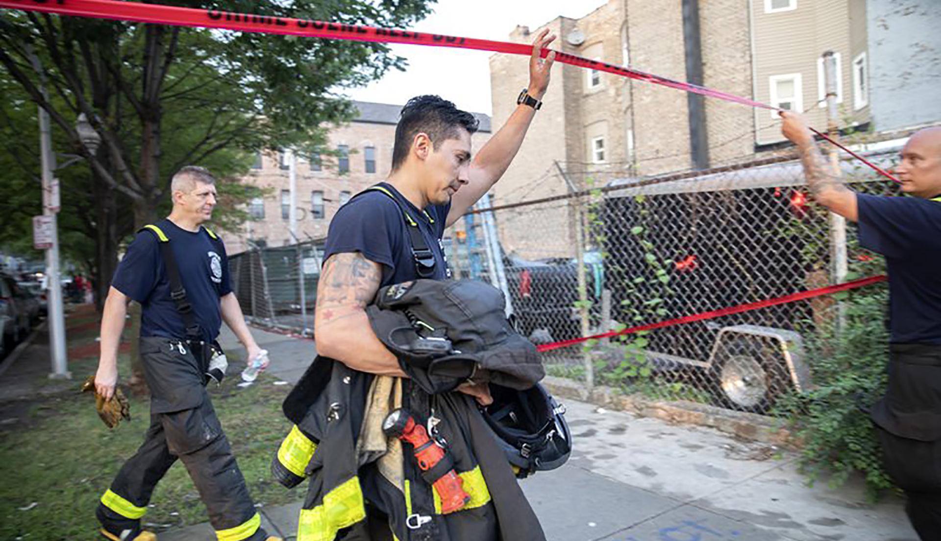 Chicago fire kills 8_1535294633430.jpeg.jpg