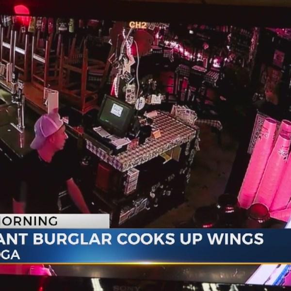 Tennessee burglar cooks chicken wings