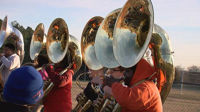 Hunters Lane High School marching band_462559