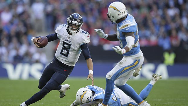 Titans Chargers Football_1540142053270