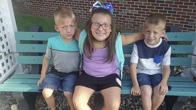 Indiana bus sibling