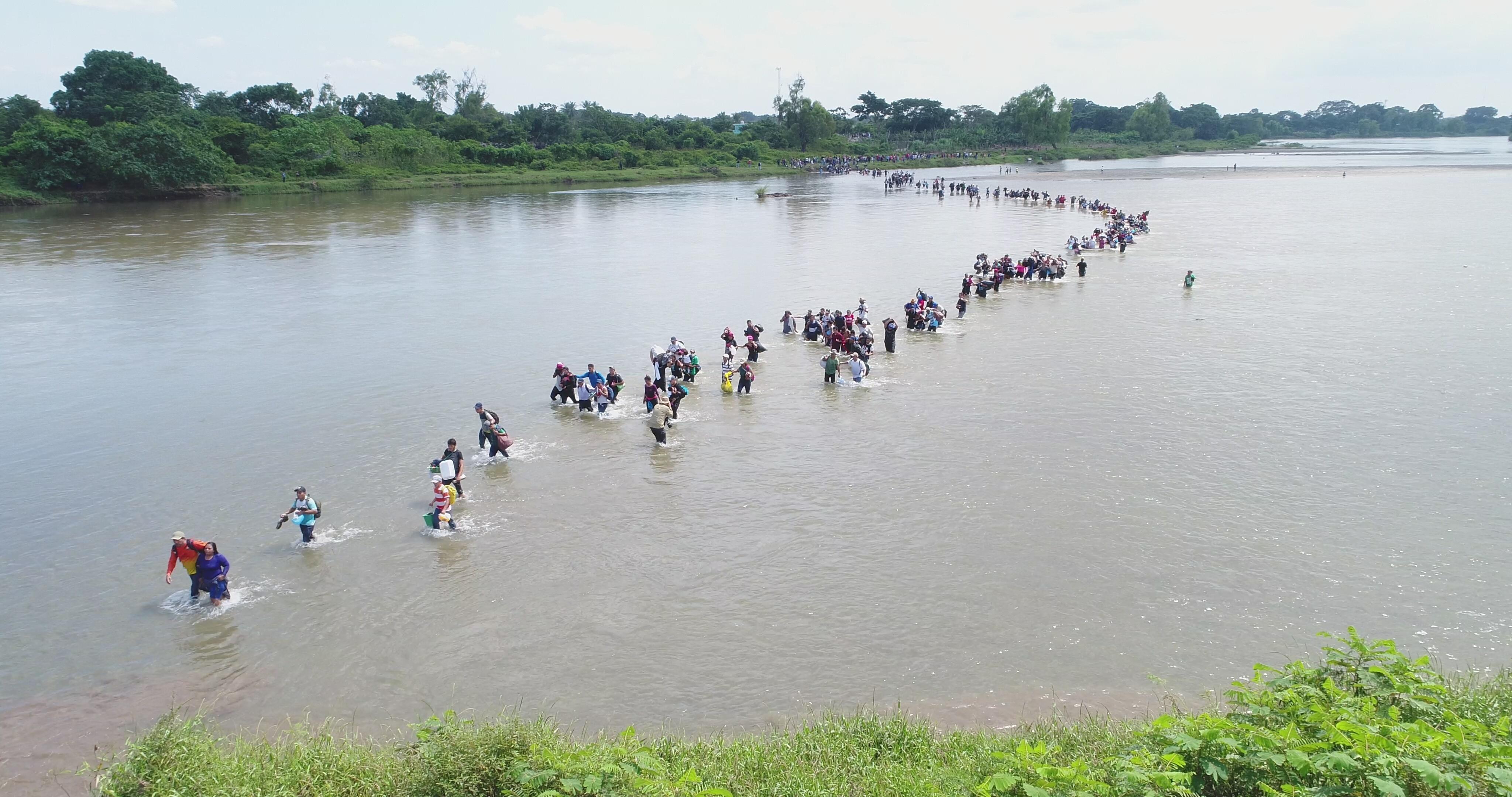 Migrant Caravan In Mexico Trudges Through Route Of Death