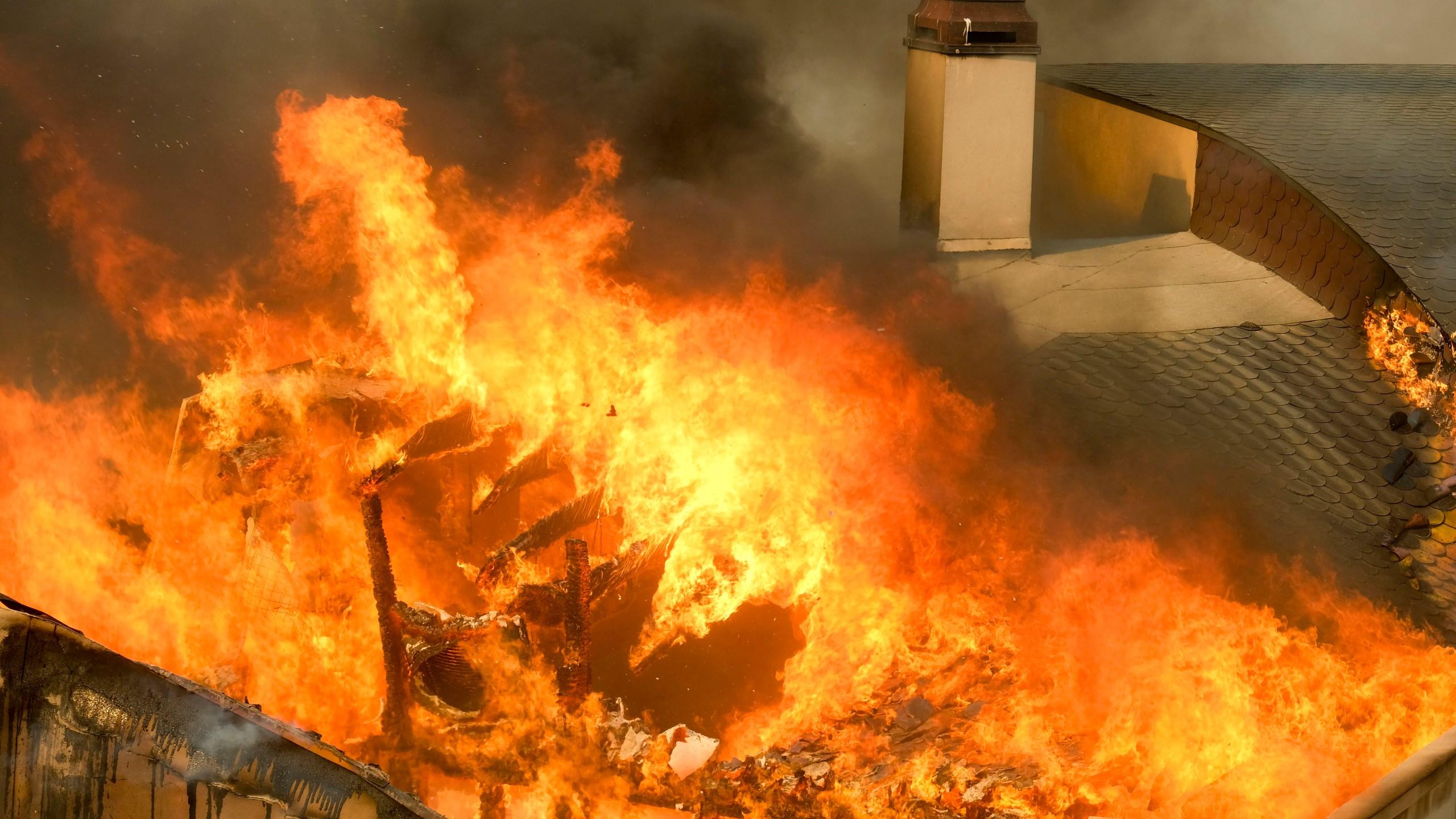 California_Wildfires_31736-159532.jpg06374541
