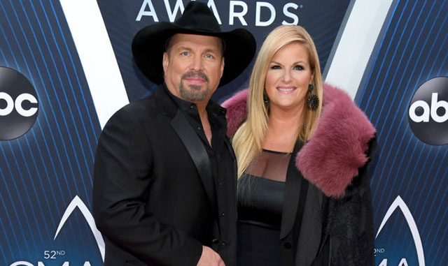 Garth Brooks and Tricia Yearwood