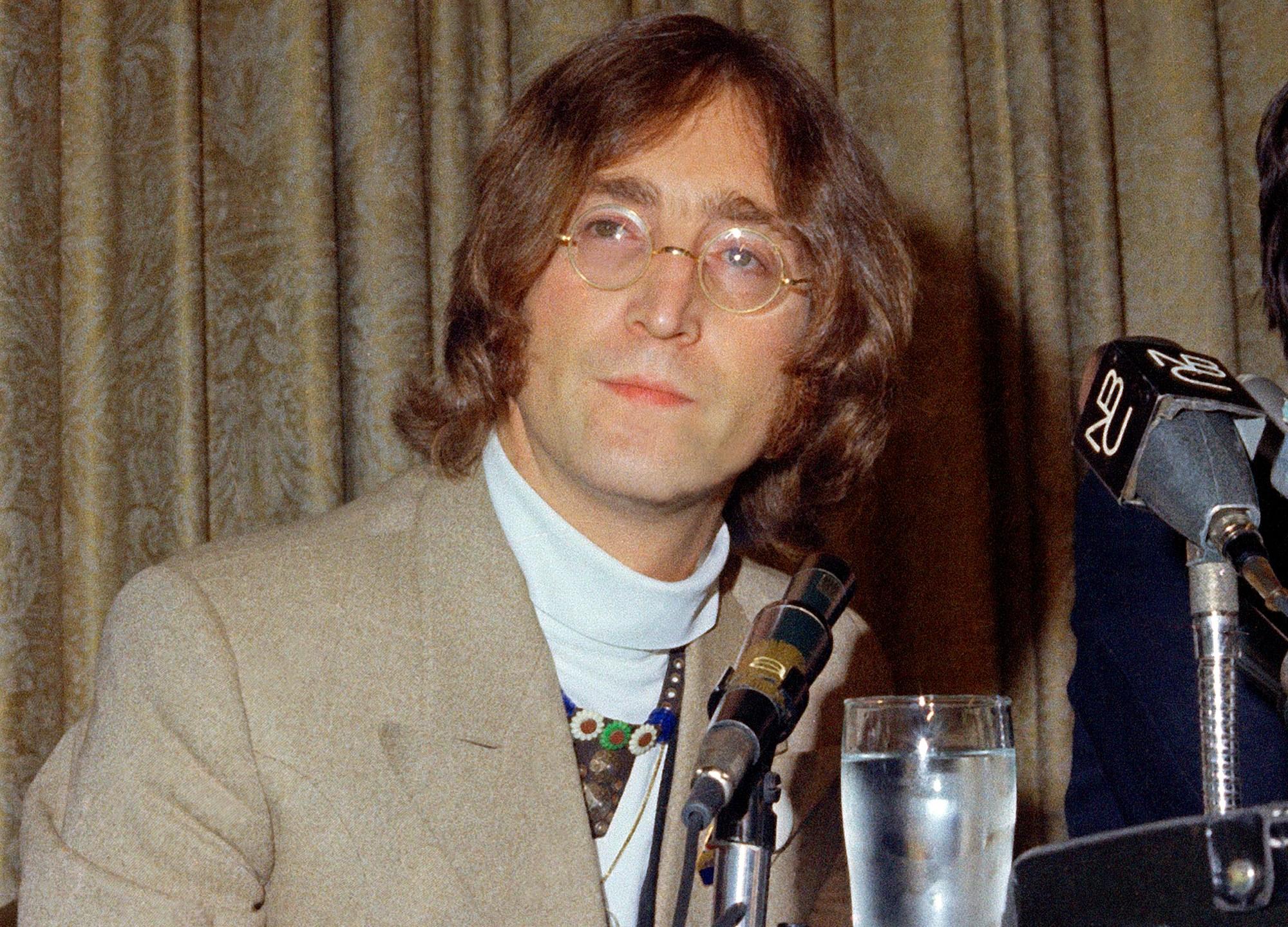 John_Lennon's_Killer_Parole_Denied_54759-159532.jpg61823423